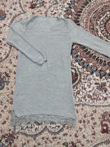 туника трикотажная с длинным рукавом в Кыргызстан: Продаю трикотажное платье туника в отличном состоянии