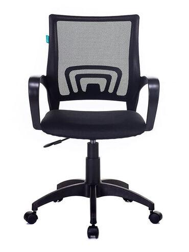 Кресла в Кара-Балта: Новое офисное кресло. Хорошо подойдет как для офиса, так и для дома