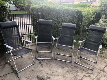 Stolice (ch)  Prodajem stolice na rasklapanje  30€ jedna