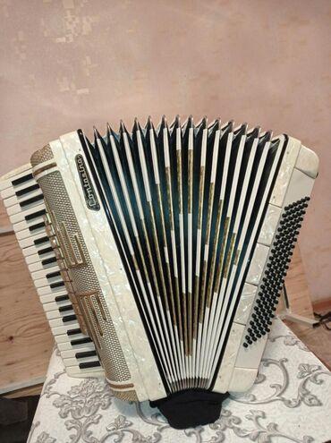 Аккордеоны - Бишкек: Немец аккордеону Контасино.Мыкты, жакшы аккордеон.Бардык жагы таза