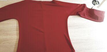 Crvena bluza kratka