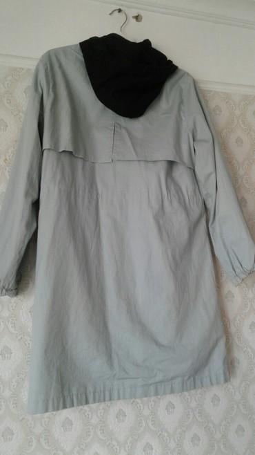 женские лаковые плащи в Азербайджан: Плащ женскии. один сезон одевали. 3xl