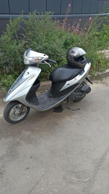 Suzuki - Кыргызстан: Продам японский 4 тактный инжекторный скутер в отличном состоянии