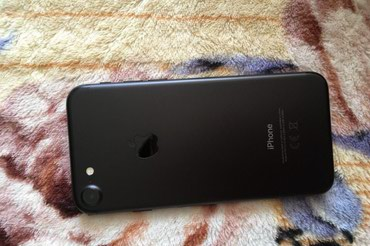 IPhone 7 32 gb чёрный матовый состояние отличное в Бишкек