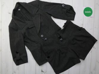 Женский комплект пиджак и шорты    Пиджак: длина- 57 см, плечи- 38 см
