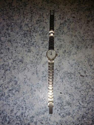 Bakı şəhərində çayka qadın saatı.1960-1970 ci illərdə ən dəbdə olan bir saatdır.qızıl
