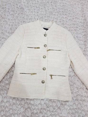 Пиджак Zara размер L.в отличном состоянии. одевался пару раз