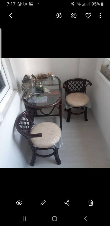 Комплекты столов и стульев в Душанбе: Комплект для завтрака из натурального ротанга прекрасно подойдёт для н