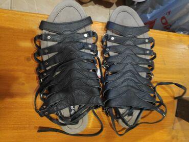 Новые кожаные шлепкина завязках размер 39
