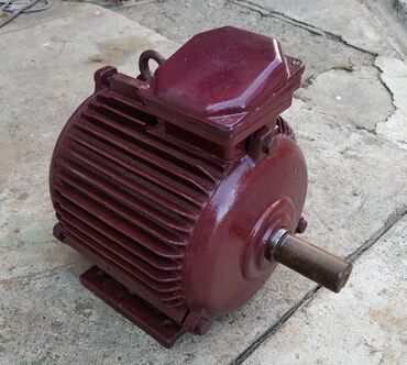 Шланги и насосы - Кыргызстан: Электродвигатель 380в. 5,5 кВт 960об/мин