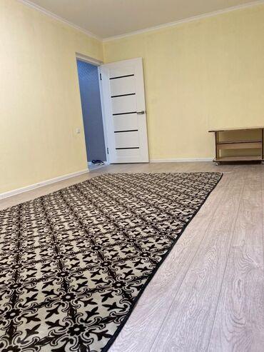 продается 1 комнатная квартира в бишкеке в Кыргызстан: 104 серия, 1 комната, 32 кв. м