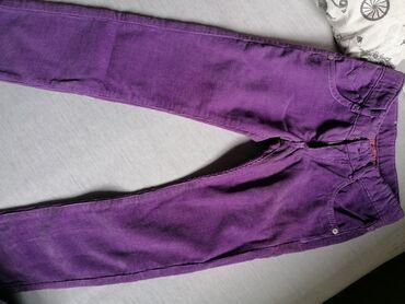 Potpuno nove pantalone za devojcicu