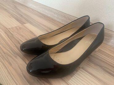"""Туфли - Кыргызстан: """"Daphne"""" новые лакированные туфли. Удобные, их можно носить целыми дня"""