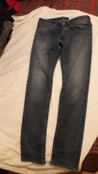 Ženska odeća | Pozarevac: PovoljnoIzuzetne Denim HM farmerke, sa elastinom, velicina 29, bez