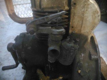 Автозапчасти - Каинды: Полевной мотор (бензиновый)цена 1000. пружины задние мерседес цена