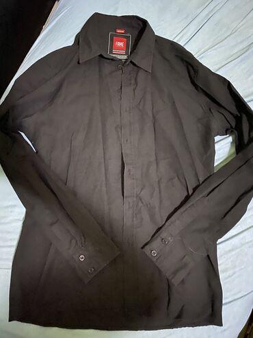 Muska kosulja m - Srbija: Muska kosulja, velicina MUzivo je normalna crna boja, na slici se ne