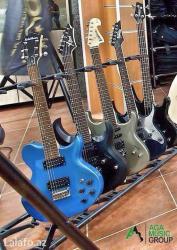Bakı şəhərində Ulduz elektron gitaralar