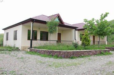 Quba şəhərində Quba rayonu qecres kendinde kiraye villa
