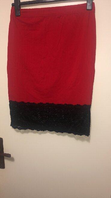 Crvena suknja, sa jako puno elastina, prelepa sa crnom cipkom - Belgrade