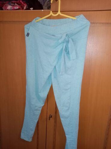 Dečija odeća i obuća - Backa Topola: Dobiljena na poklon al nije moj stil, rasteze se ima gumu u struku500