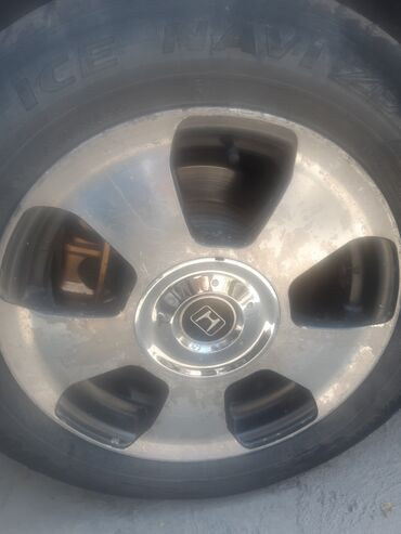 титан диск в Кыргызстан: 15тик титан диск 16га алмашам же сатылат 2комплект бар