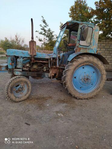 Traktor saz vəziyyətdədir birdənə problemi yoxdu otür sur