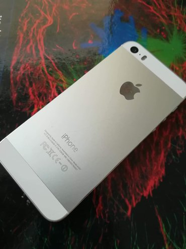 •Iphone 5s silver/Ασημί   σε Αθήνα
