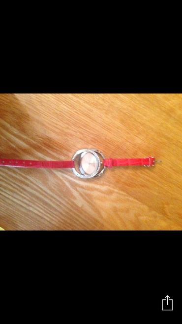 Женские Красные Фэшн Наручные часы Gucci в Бишкек