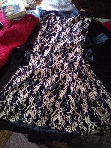 Happening haljina 36 velicina, suzavana. nosena, sa cipkom I satenom