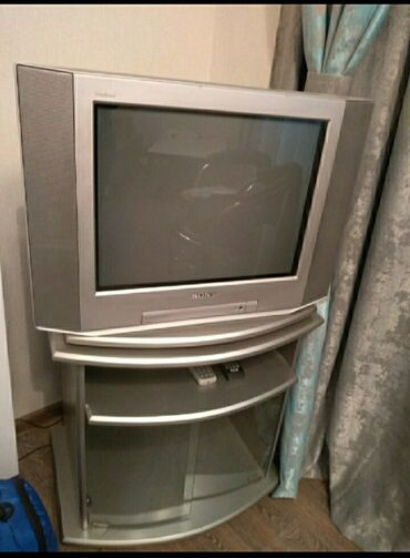 zhenskoe plate 52 в Кыргызстан: Фирменный телевизор SONY Работает отлично. Пульт в комплекте. Тумба в