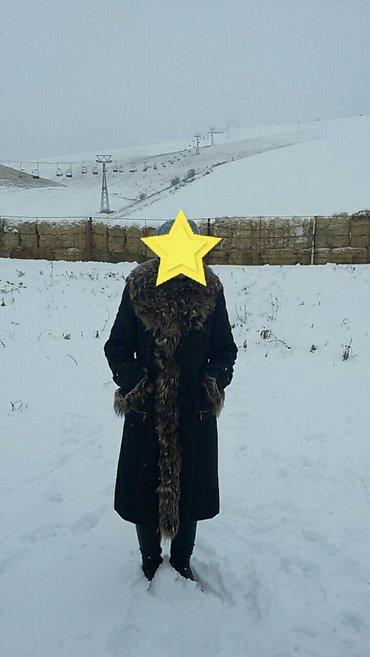 вязаное платье с воротником хомут в Кыргызстан: Зимнее пальто, теплое. воротник песец. размер м или 44 размер. уступка