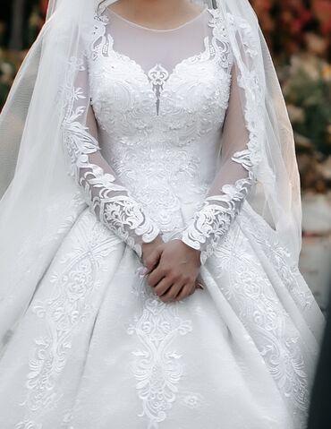за сколько можно продать волосы in Кыргызстан   ПАРИКМАХЕРЫ: Свадебное платье со шлейфом  Продаю своё свадебное платье, шлейф регул