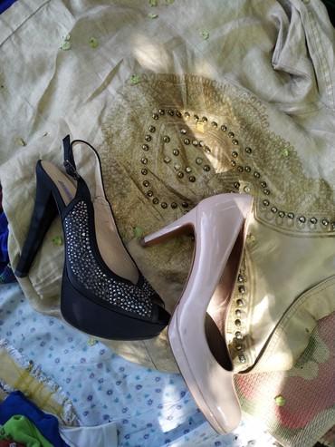 Туфли черные 450 бежевые 350 размер 39 в Бишкек