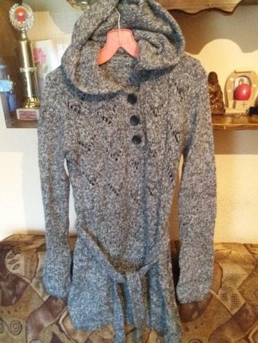 Dzemper vuna - Srbija: Dzemper tunika ili haljina sa kapom prirodna vuna jako mekana