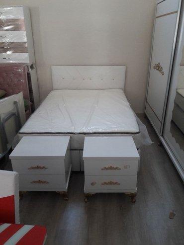 Bakı şəhərində Beyaz renglı carpayı 8 qallı koja baslıqla .matrası hedıyye 160e/200 u