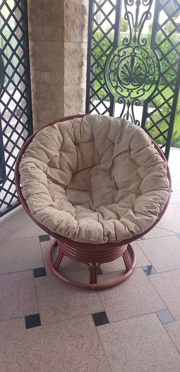 Кресло папасан из натурального ротанга станет любимым местом для ваших