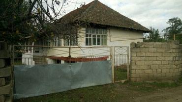 Lənkəran şəhərində Lenkaran ray kergalan kendi ev ve 18 sot torpaq her bir serayiti var (