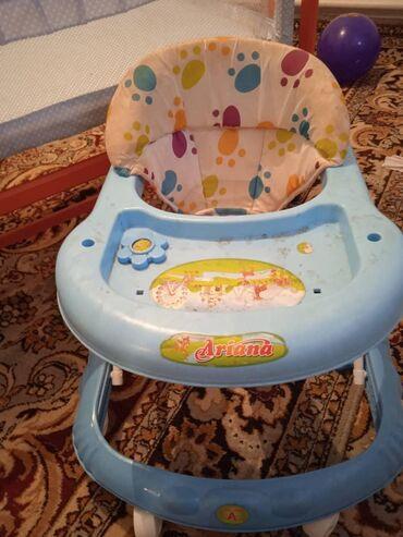 ходунок для дцп в Кыргызстан: Ходунок,люлька манеж сатылат. Ходунок 500 Люлька манеж 1000 сом