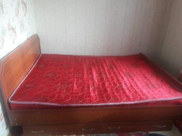Продается двухместный кровать с матрасом. цена 10000с в Бишкек