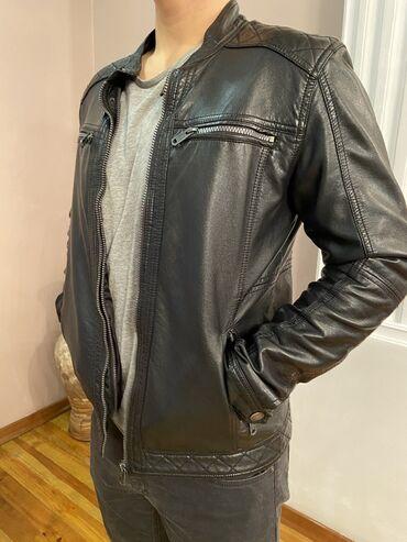 мужская одежда burberry в Кыргызстан: Продаю дублёнку и куртки