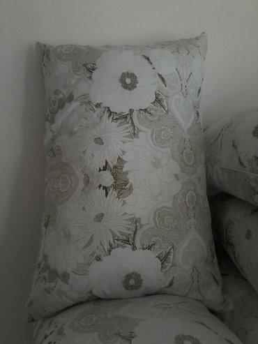 продаю подушки 50×70,65-65. Принимаем заказы подушки для детских садов в Бишкек