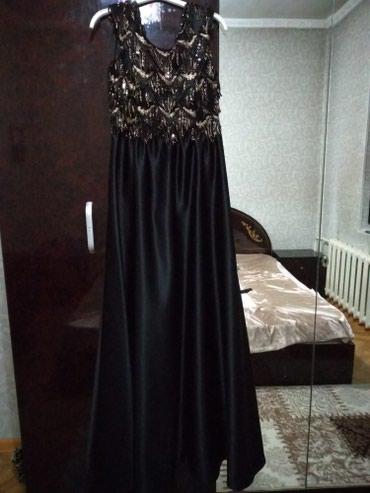 Продаю новые вечерние платья. торг уместен 1-3500. 2-1000 в Джалал-Абад
