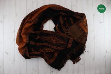 Жіночий шарф    Довжина: 200 см  Стан гарний, є сліди носіння