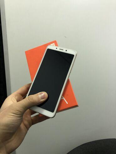 oppo телефон в Кыргызстан: Б/у Xiaomi Redmi 6A 32 ГБ Желтый