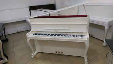 Bakı şəhərində Weinbach piano - Almaniya, Çexiya və Rusiya istehsalı yüksək
