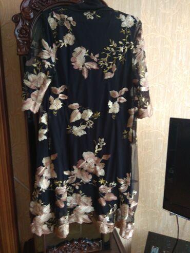 женские платья новые в Азербайджан: Продаются очень красивое женское платье-двойка