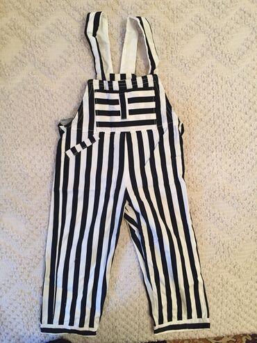 Dečija odeća i obuća - Pirot: Pantalone sa tregerima, vel. 6
