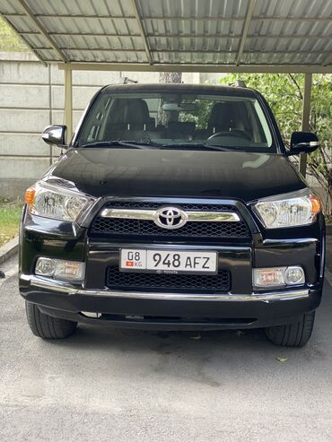 Toyota 4Runner 4 л. 2010   100000 км