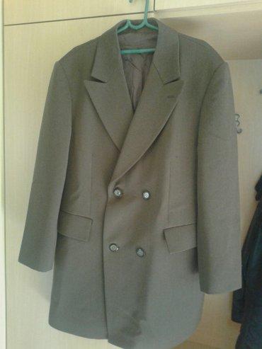 Braon muski kaput. Vel. 52,u dobrom stanju. Material divan. Kaput je - Valjevo