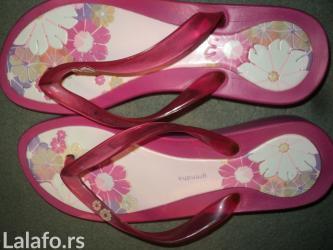 Japanke marke GRENDHA, broj 38/39, dužina gazišta 26cm, roze boja